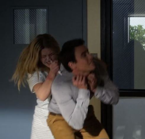 epi 3 alison trying to kill elliot